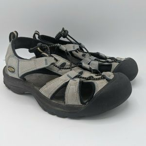 Keen Sandals Size 7.5 Women's Bungee Hiking
